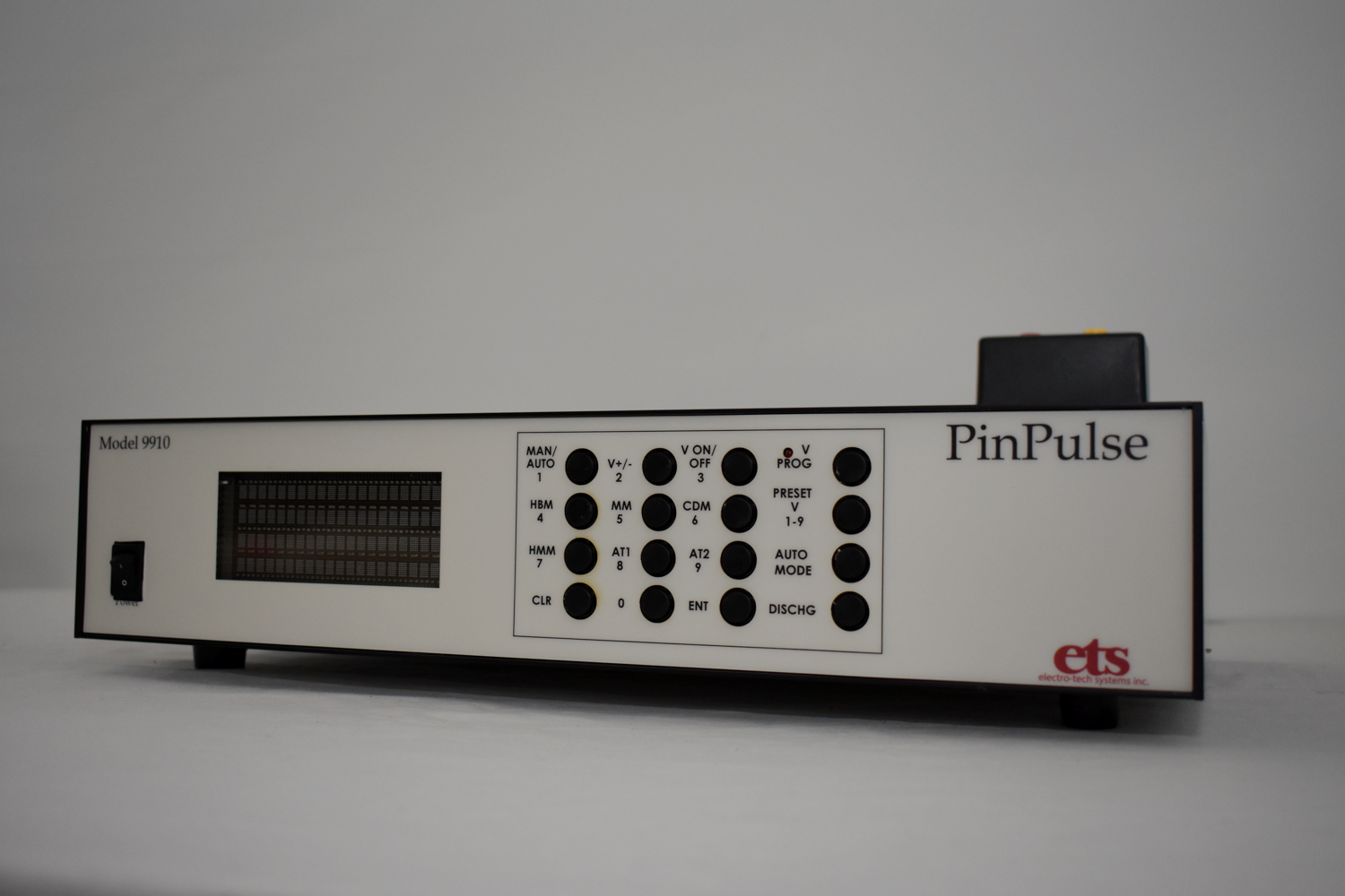 Model 9910 PinPulse™ ESD Simulator