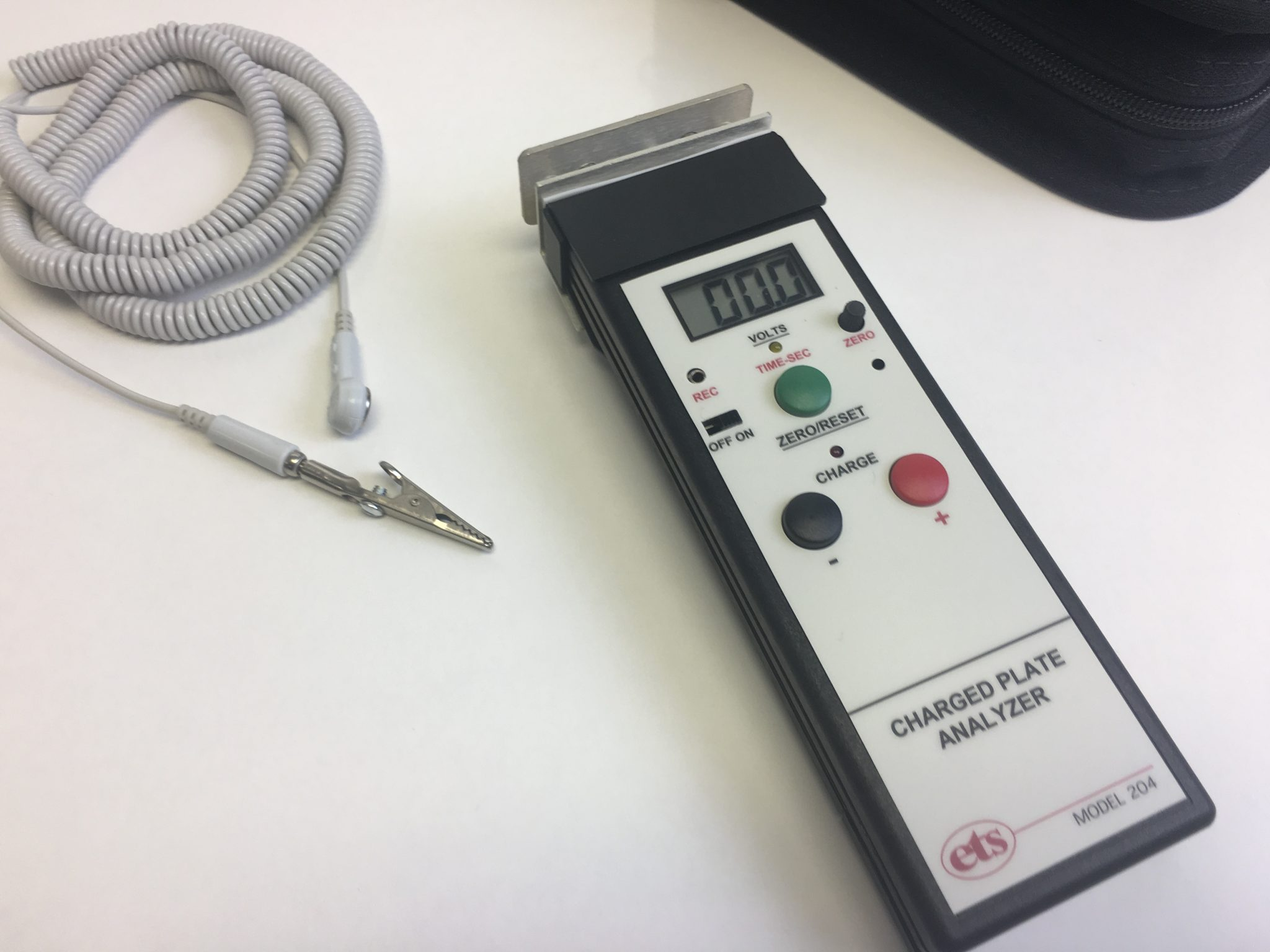 Model 204 – Charge Plate Analyzer / Digital Static Meter
