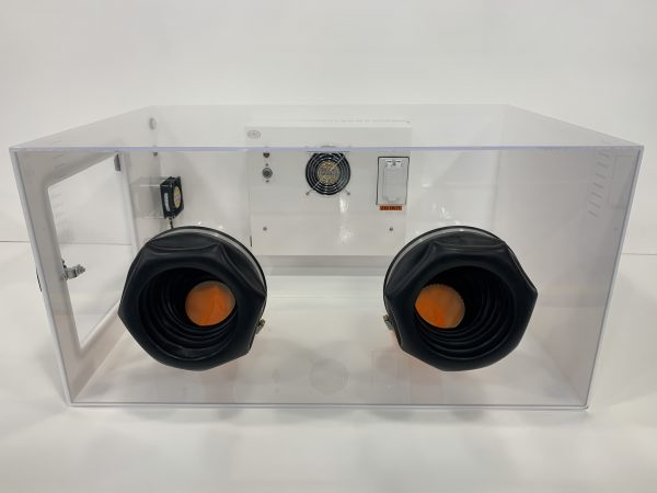 M 5506 Series Glove Box Chamber with Heating Panel and Thermoelectric Cooling – Front View